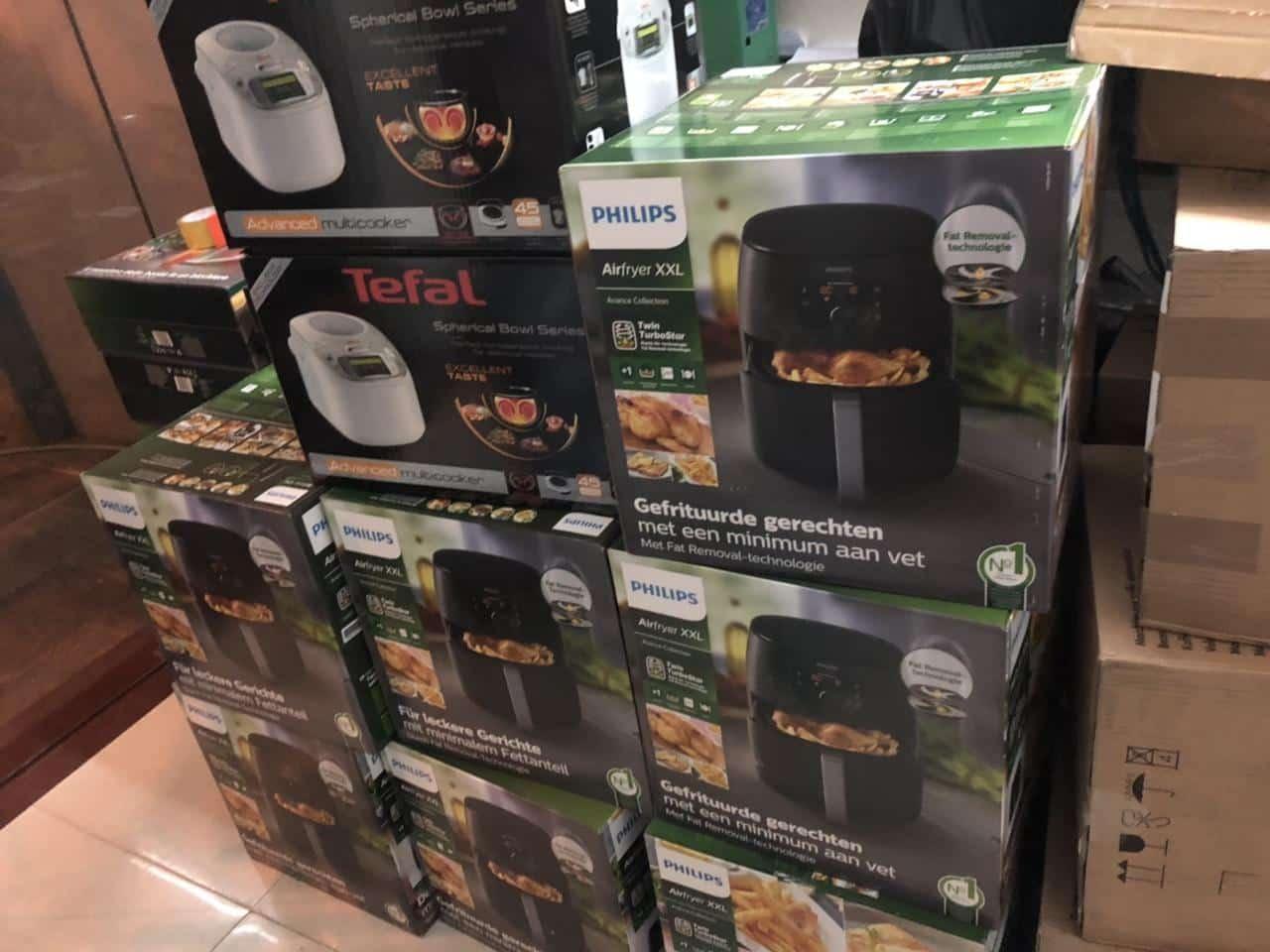 Kho hàng thực tế Thiết bị nhà bếp châu âu giá sỉ của Bếp Lê Phan